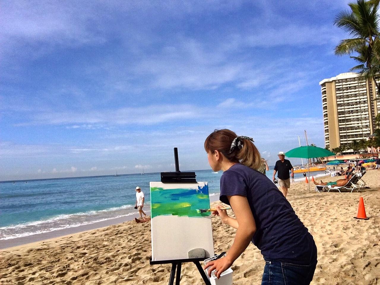 artist SYU Hawaiiで絵を描いています☆