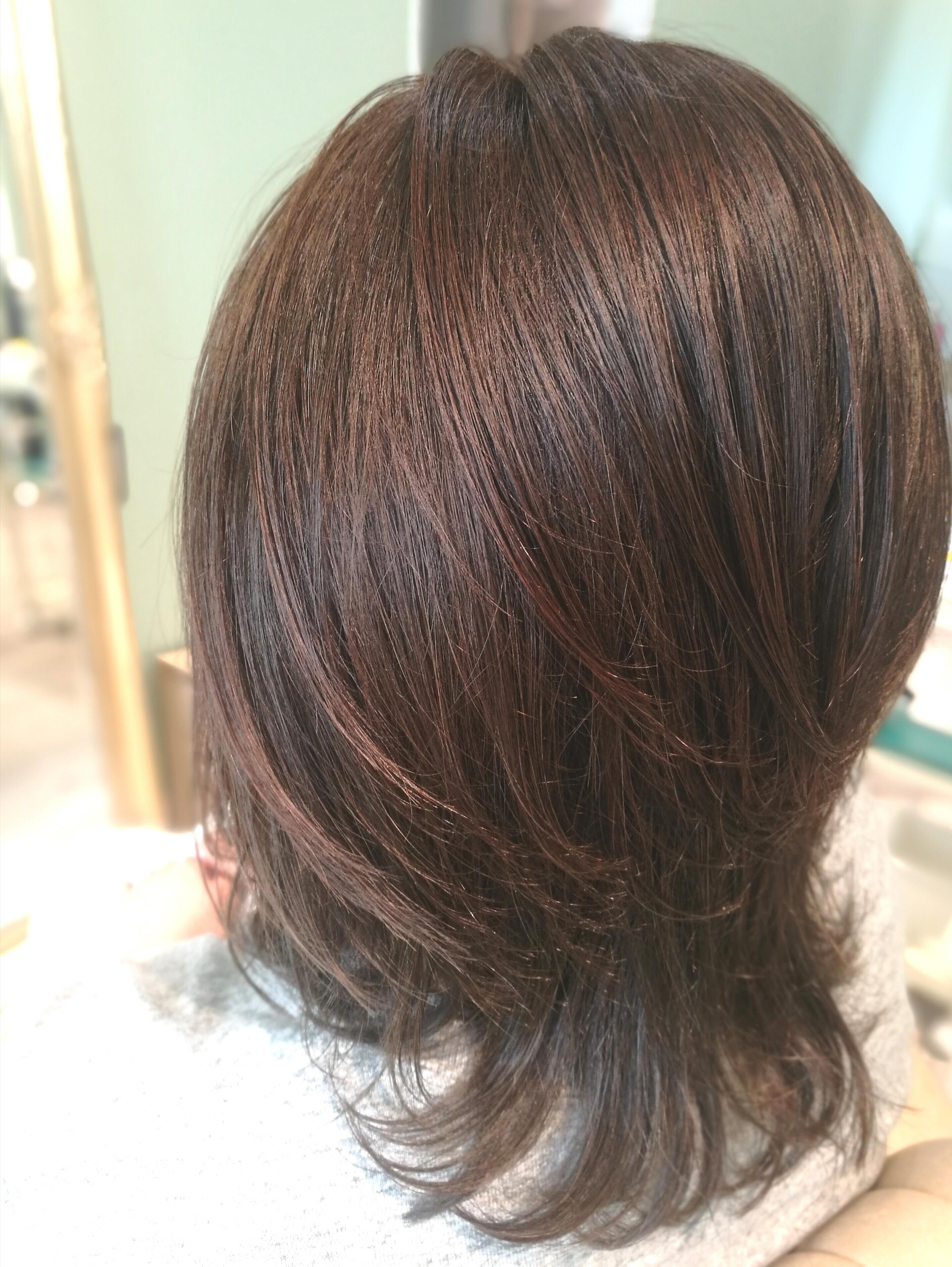 髪の毛を2倍輝かせる!紫外線を気にしないヘアカラーの選び方!